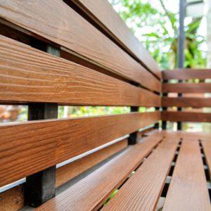ไม้รั้ว เอสซีจี รุ่นลายไม้ ขนาด 7.5X400X1.2 ซม. สีรองพื้น